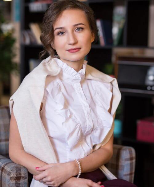 Шмелева Дарья. Клинический психолог, арт-психотерапевт